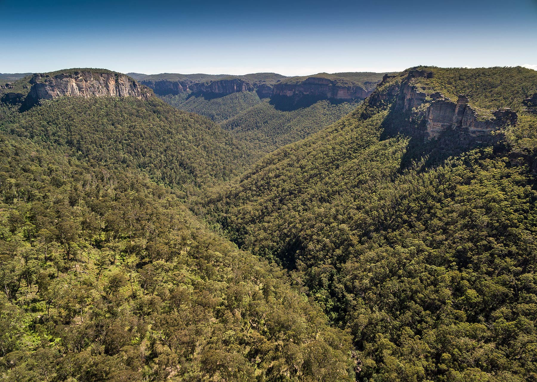 The Grose Valley, Blue Mountains, Nsw, Australia